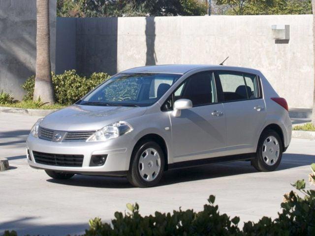 nissan tiida 2009 sedan